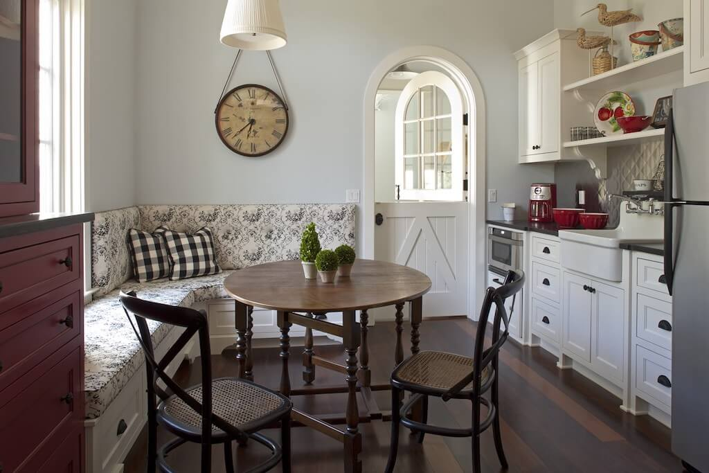 Beautiful Provence Style Kitchen Trends 2021 11