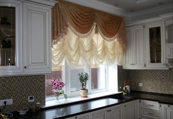 latest trends curtains for kitchen 2021 11