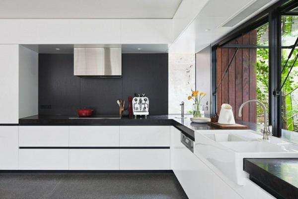 White kitchen black countertop trends 2021