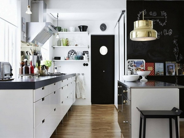 White kitchen black countertop trends 2021 11